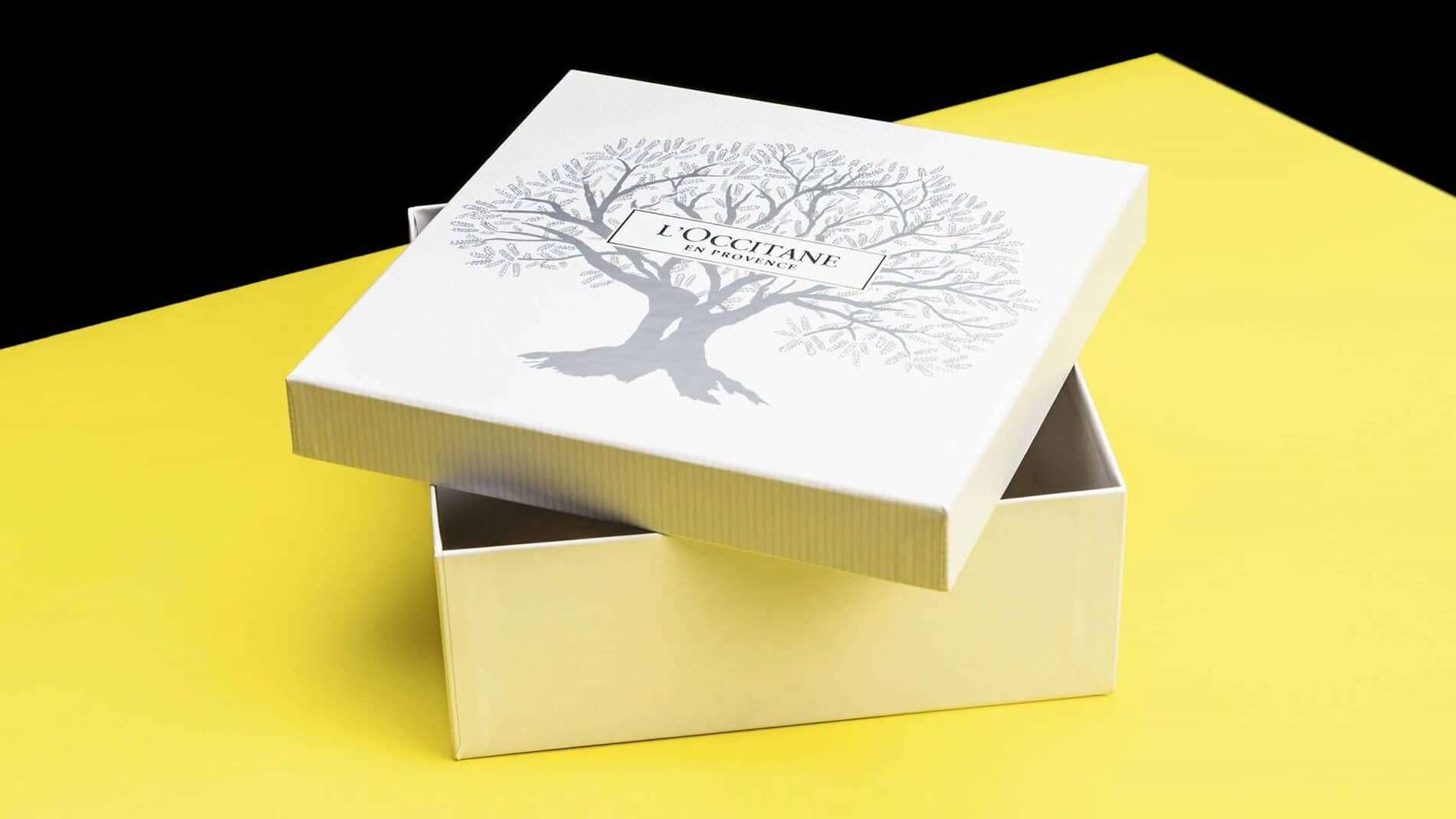 rigid box with lift off lid