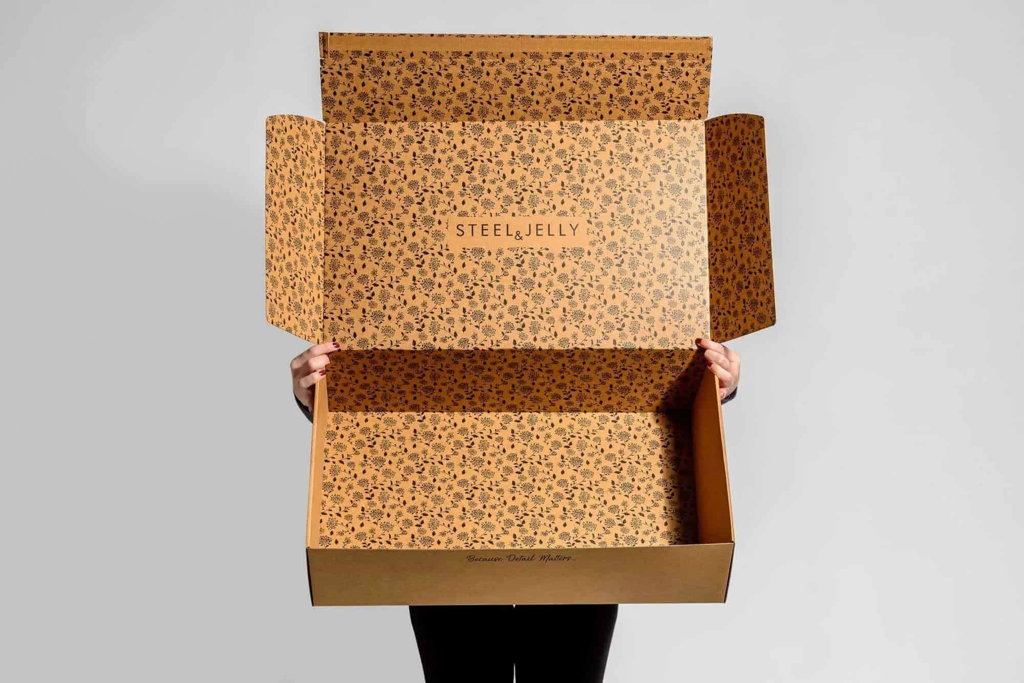 Steel & Jelly Shipper's branded e-commerce box